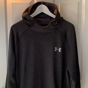 Like new! Under Armour funnel neck pullover 2XL